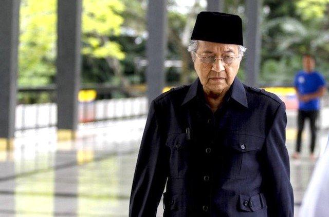 Tun Mahathir - Malaysia Ke Arah Pentadbiran Islam Dan Komfem Ini 2 Menteri Baru