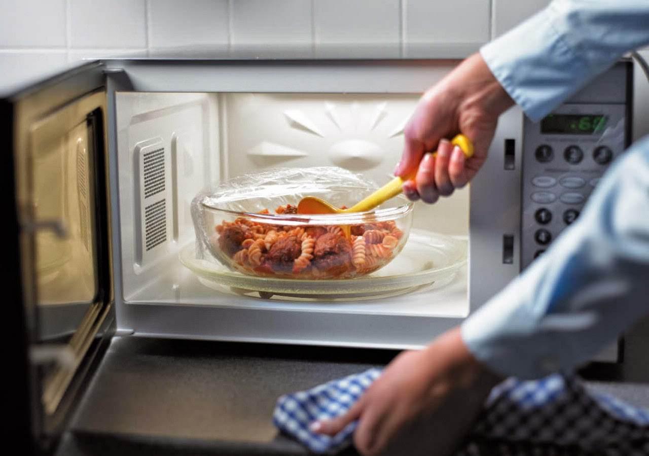 Hukum Berkongsi Microwave Dengan Makanan Tidak Halal.