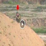 Sniper Al Qassam Tembak Tepat Kepala Seorang Askar Israel Dari Jarak 1KM Buat Dunia Kagum ما شاء الله