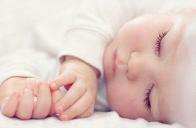 9 Cara Penjagaan Bayi Oleh Nenek Yang Dilupakan.