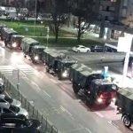 Puluhan Trak Tentera Dikerah Ke Bandar Bergamo Itali. Ini Puncanya Buat Ramai Sebak