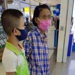 Duit Hanya Ada RM 273. Kisah Nenek Beli Telefon Bimbit Untuk Cucu Belajar Buat Ramai Sebak.