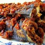 TIPS: Petua Hilangkan Hanyir dan Lendir Ikan Keli