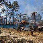 Nenek Dan 2 Cucu Nyaris Maut Dalam Kebakaran Rumah Mereka.