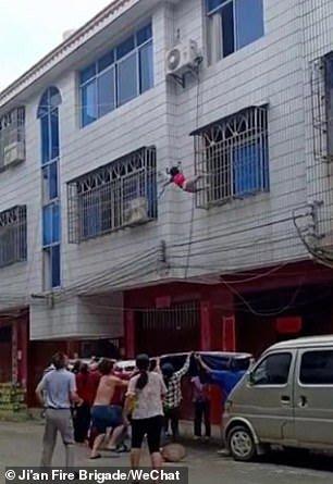 Jatuh Bangunan