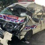 Ambulans Kemalangan Rempuh Lembu Berkeliaran
