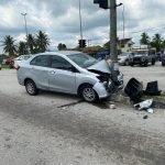 Lelaki Maut Kereta Terbabas Langgar Tiang Lampu Isyarat