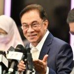 DS Anwar Ibrahim Umum Tarikh Menghadap YDP Agong.