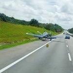 Sebuah Pesawat Mendarat Cemas Di Lebuhraya Utara-Selatan .