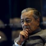 """Tinggal Saya Seorang, Saya Sedih"". Tun Mahathir Luah Rasa Sedih."