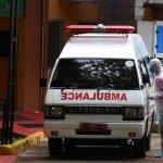 Puluhan Penduduk Tahan Ambulan Ambil Mayat Pesakit Covid.