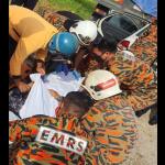 Suami Parah Isteri Maut, Kereta Rempuh Belakang Lori