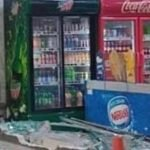Pemandu Van Tertekan Pedal Minyak Sebelum Rempuh Kedai