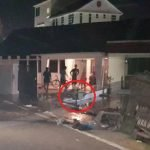 Terkejut Anjing Atas Jalan, Lelaki Terbabas Rempuh Pagar Rumah