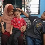 Tiga Cucu Ubat Kerinduan Terhadap Anak Dan Menantu