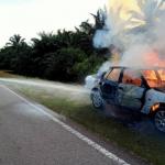 Pemandu Panik Kereta Dinaiki Terbakar