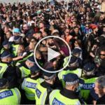 (Video) Anggota Polis Cedera Diserang Demonstrasi Jalanan, Lima Ditahan Di Hyde Park, London