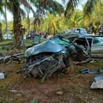 Abang Maut, Adik Cedera Kereta Terbabas Langgar Pokok