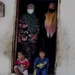 'Anak, Cucu Terpaksa Tidur Di Lantai Dapur Beralaskan Kain Batik'