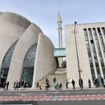 Masjid Terbesar Menjadi Pusat Vaksinasi Di Jerman