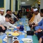 Masjid Jemput Bukan Islam Berbuka Puasa Bersama