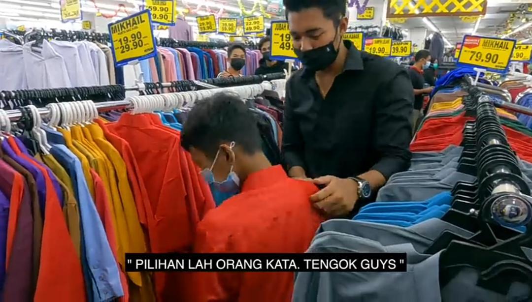 Youtuber Terkenal Bawa Anak Yatim Shopping Raya