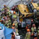 9 Maut Selepas Bas Musnah Ditimpa Bangunan Runtuh Di Korea Selatan
