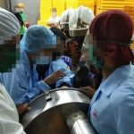 Wanita Cedera Selepas Jari Tersepit Mesin Pengisar Ayam
