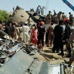 Kereta Api Bertembung Punca 45 Maut, Ratusan Cedera Di Pakistan