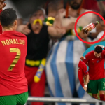 Ronaldo Dibaling Cawan Dan Botol Minuman.