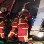 Pemandu Lori Maut Selepas Rempuh Tiang Elektrik