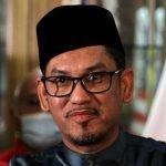 Ahmad Faizal Azumu Sah Dilantik Sebagai Penasihat Perdana Menteri Taraf Menteri